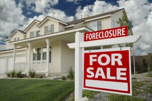 12 Questions To Ask When Shopping for a Foreclosure Defense Attorney