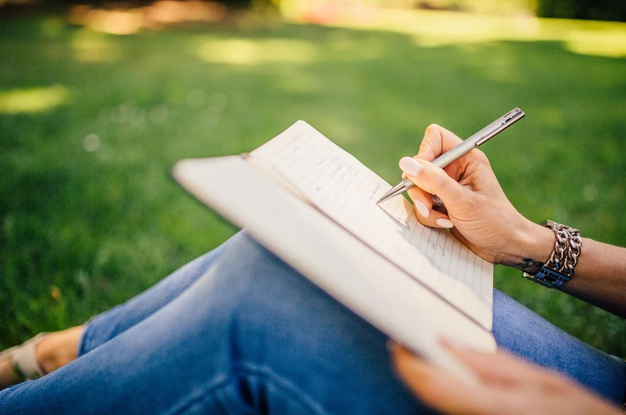 Writing a college essay useful tips