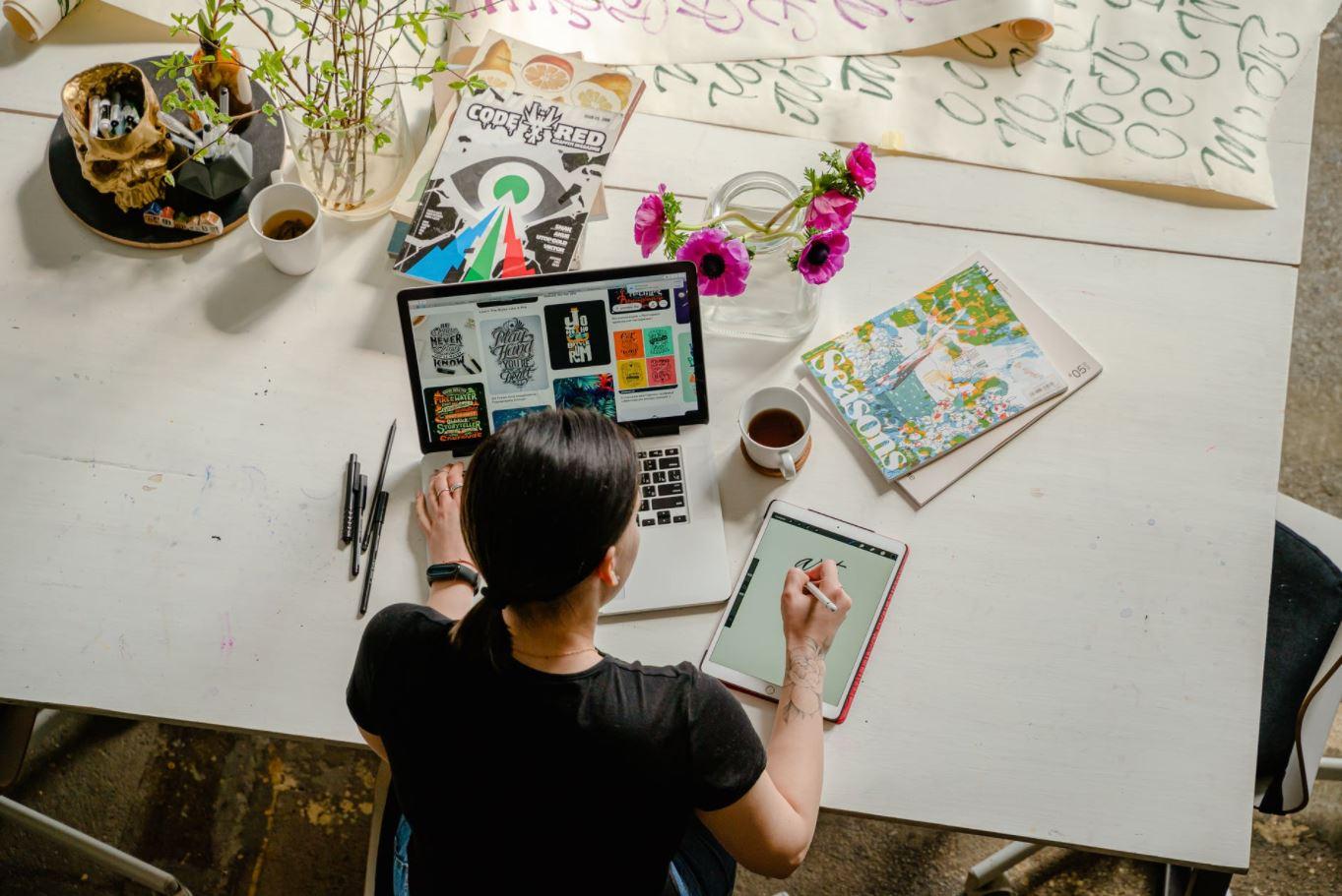 Essential tools for digital artist