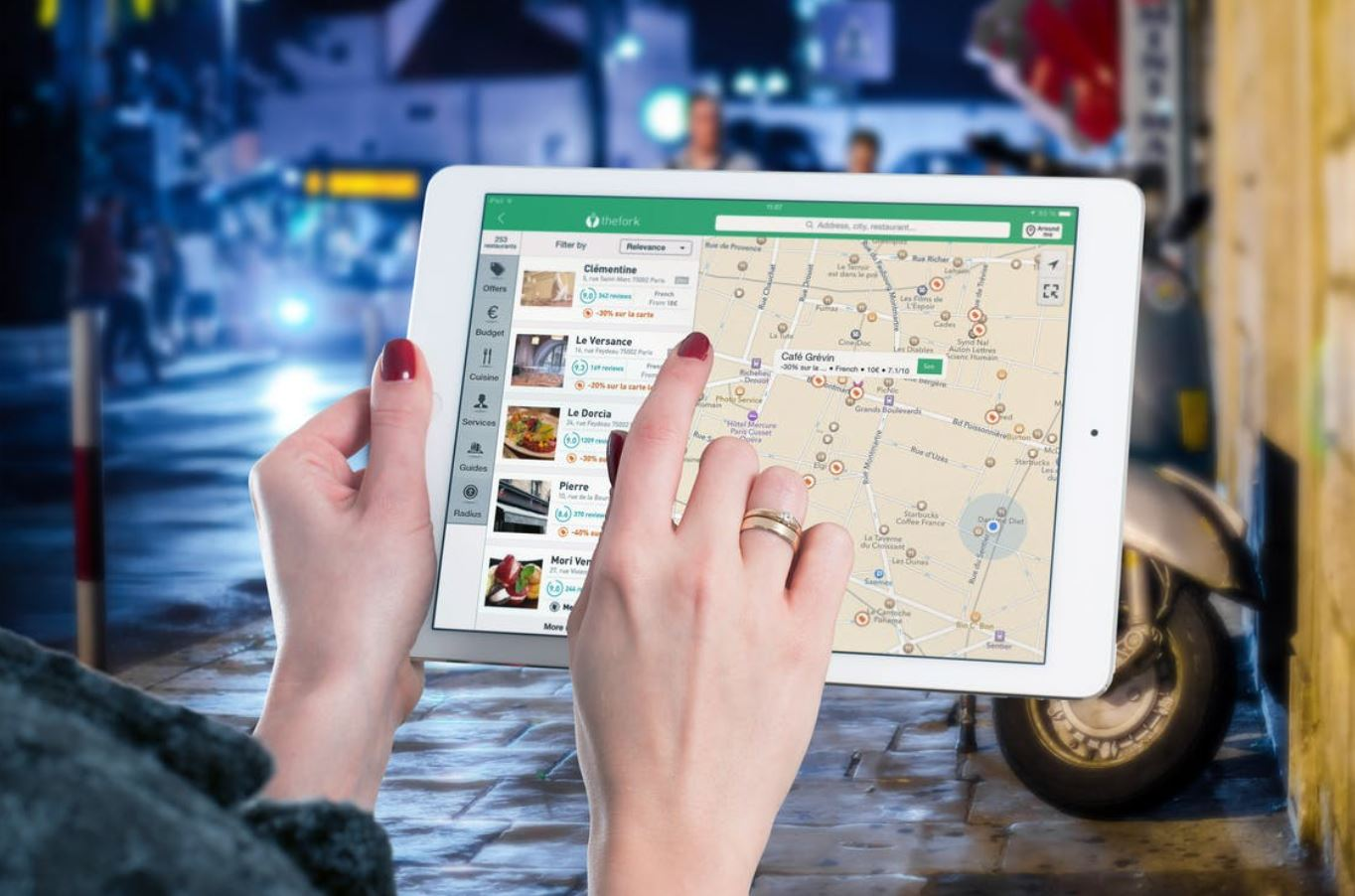working of Geolocation technology