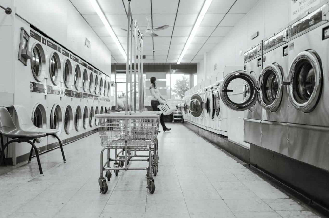 Laundry businesses use automation