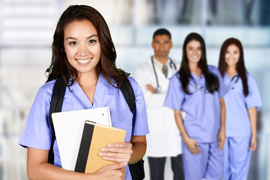 What Are the Benefits of Being a Nurse?